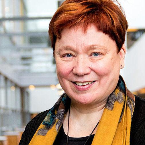 Professori Maija Aksela.